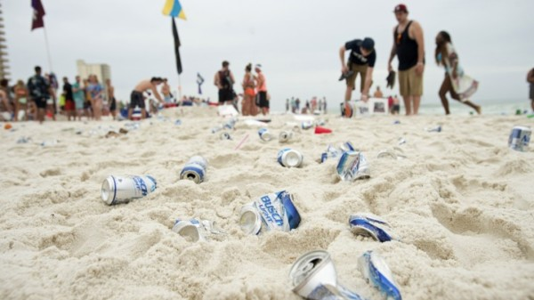 How Lasers Can Help Clean Up Beach Trash