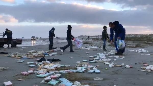 Rommel uit containers drijft naar Noordpool: ramp voor fragiel ecosysteem