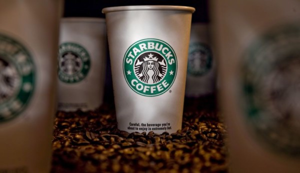 Starbucks, Dunkin Race Against Bans, Taxes on Disposable Cups